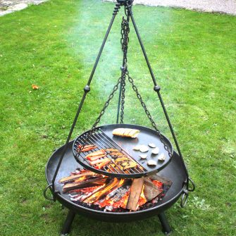 Tripod Cooking Rack on Celeste 80 cooking food