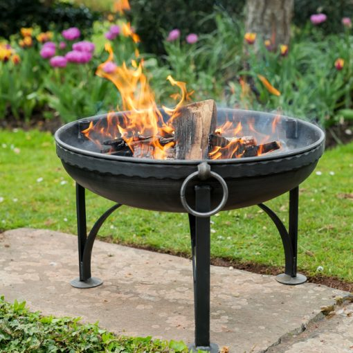 Plain Jane Fire Pit Lifestyle with Indian Band - Tulips - FirepitsUK - WEB - Lo Res