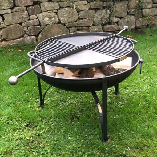 BBQ King 80 Fire Pit with 2 Swing Arm BBQ Racks Lifestyle - Firepits UK - WEB - Lo Res