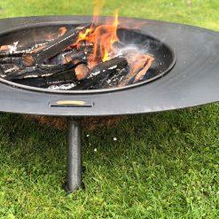 Calypso Fire Pit Lit Close Up Lifestyle - Firepits UK - WEB - Lo Res