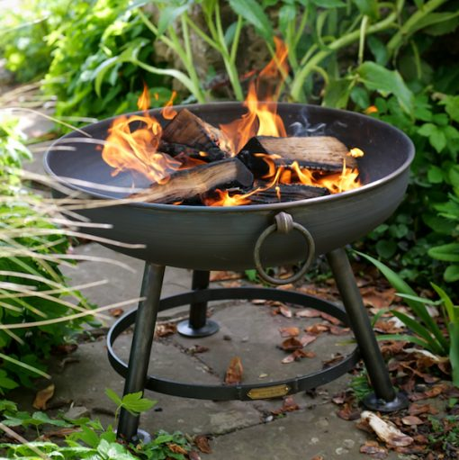 Classic Fire Pit Lit in Garden Lifestyle - Firepits UK - WEB - Lo Res