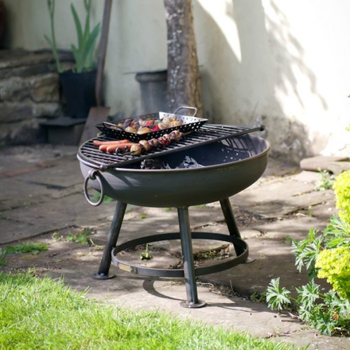 Classic Fire Pit with Half Moon BBQ Rack and Veg Tray with Food Lifestyle - Firepits UK - WEB - Lo Res