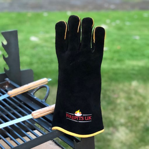 Fire Pit Glove on Asado Fire Pit Lifestyle - Firepits UK - WEB - Lo Res