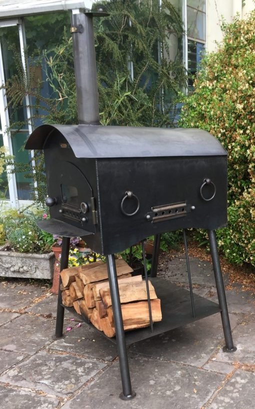 Traditional Pizza Oven Fire Pit with Logs Lifestyle - Firepits UK - WEB - Lo Res 1